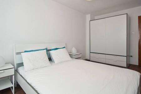 Pendik |gemütliches Apartment - 2min zur Marmaray