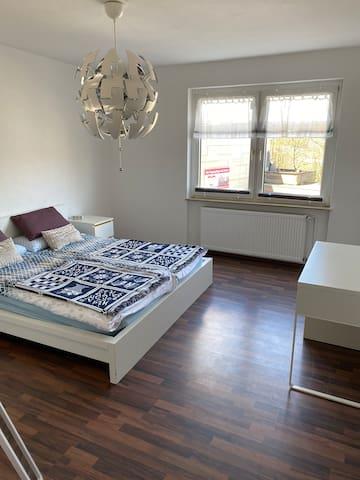 Schöne Zweizimmerwohnung  mit eigener Terrasse