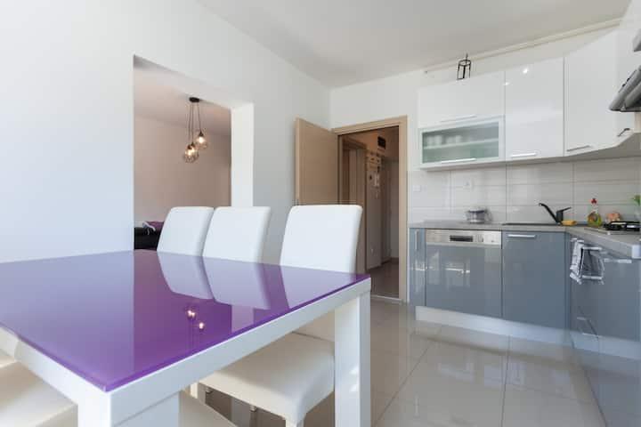 Apartment Mark