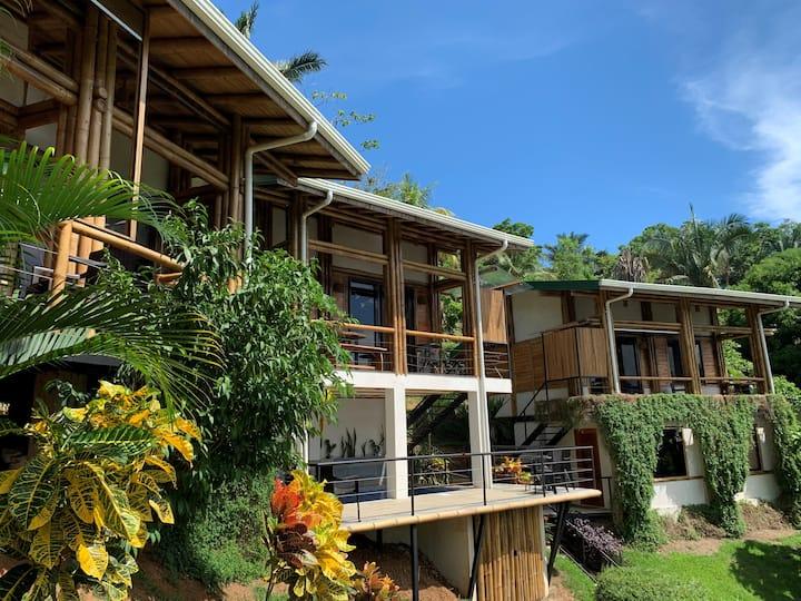 Cabaña Bambura 1: Jungle view, pool, beach nearby!