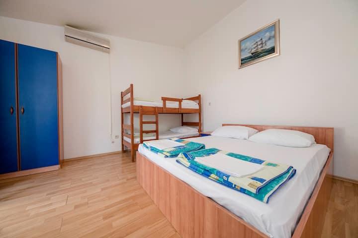 Kolan,Novalja: jednosobni apartman za odmor
