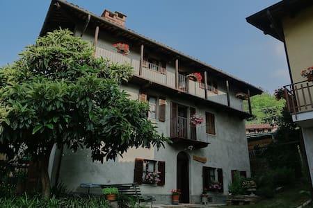 Relax nel verde: Casa Borio, stanza Rosa