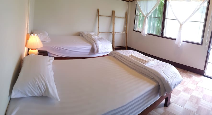 Chiang Dao Brown Hostel 3.