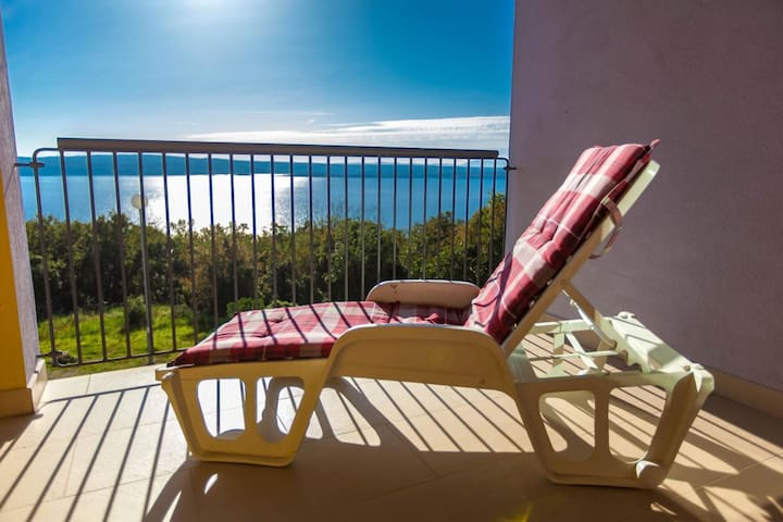 Chic apartment, 2 double bedrooms, fast internet