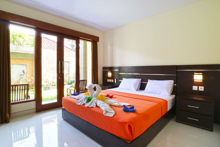 Affordable Room in  Legian near Double Six Beach