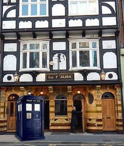 The Friendliest Pub in England!