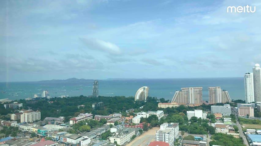 F7 Lumpini海景公寓/无边泳池/健身房/24小时双条车/市区接客入住,订房加V:A0ZJ20