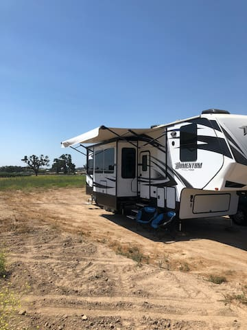 Spacious RV in Wine Country