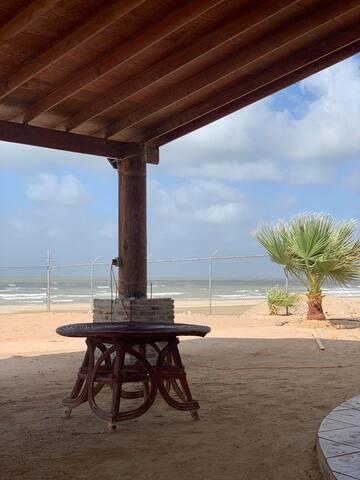 Casa McArena Renta frente a playa y del mar