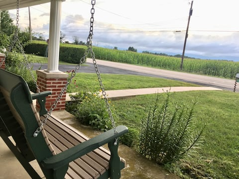 Cozy Cottage in Chambersburg
