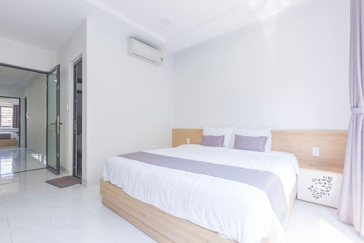 Balcony Suite  Unit Count: 3 Large Double Bed Size