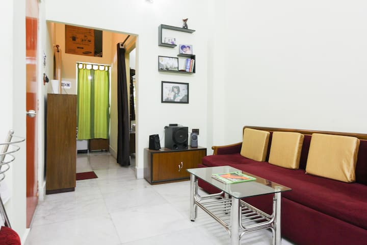 Pocket Friendly b&b - Kolkata - Apartment