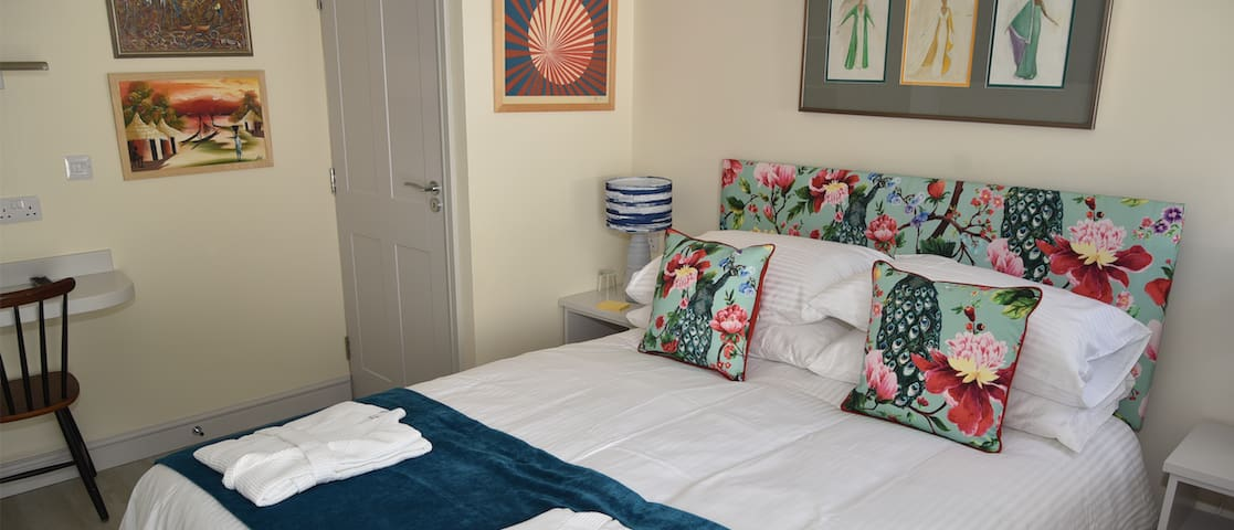 Lovely double room in charming rural B&B