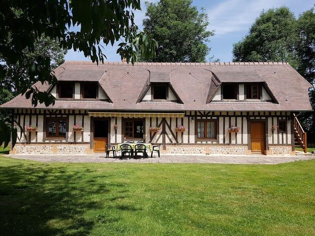 maison typiquement normande