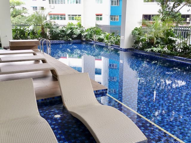 SG Luxury condo with view of Marina Bay sands&CBD