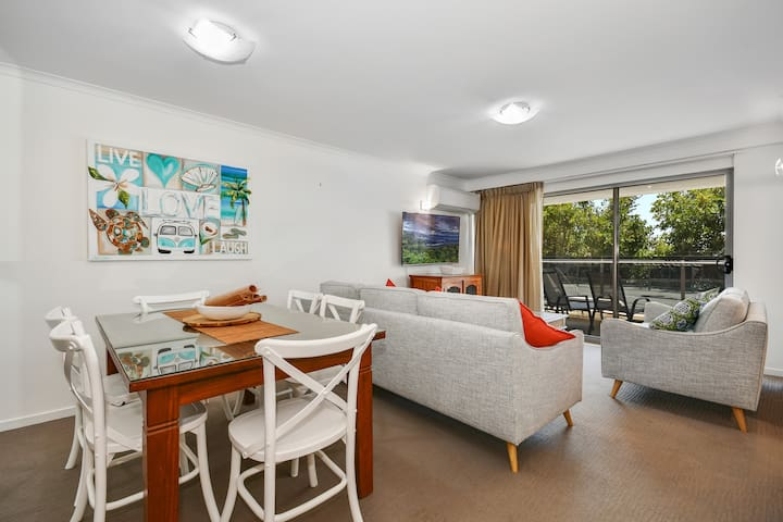 The heart of Mooloolaba - Beach front apartment