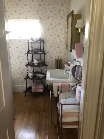 The common first-floor  powder room