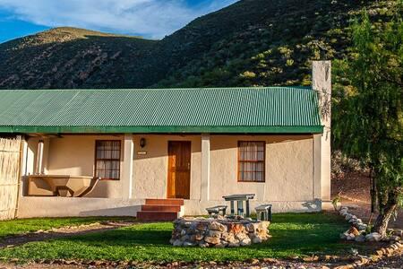 Springbok Self Catering Cottage, Klein Karoo - R62