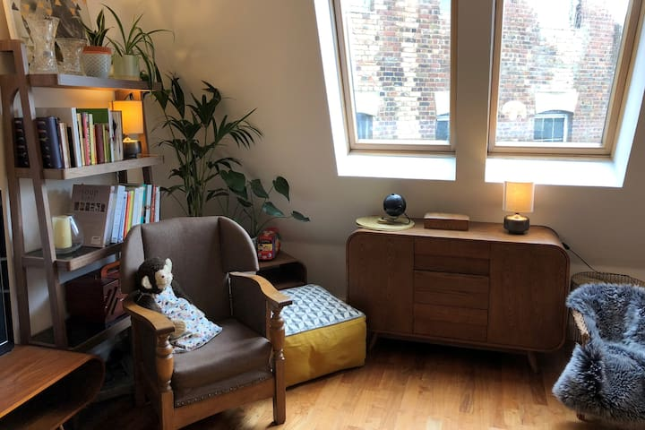 Double room in friendly, safe, family home