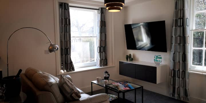 Classy yet cosy and close to Chester City Centre