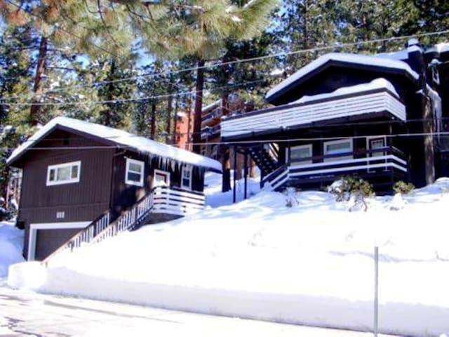 White Wolf Cottage of Lake Tahoe
