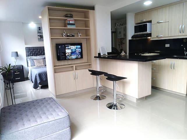 Nuevo y excelente apartamento en El Poblado