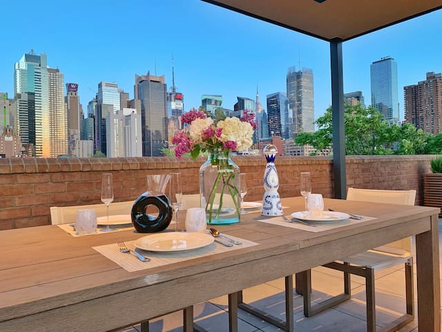 Renovated full-floor apt w/ access to amazing view
