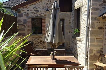 Maison de campagne authentique - Chambon-Sainte-Croix - Ev
