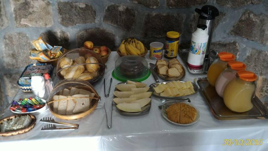 Quarto Triplo - BR - Bed & Breakfast
