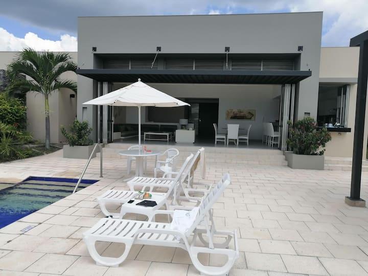 Hermosa casa en Anapoima - disfruta tu descanso