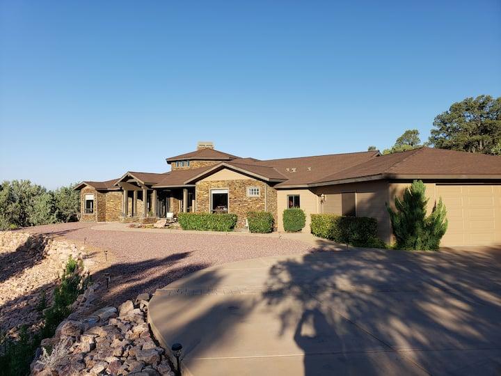 Pine Ridge Retreat: Private Luxury Home!