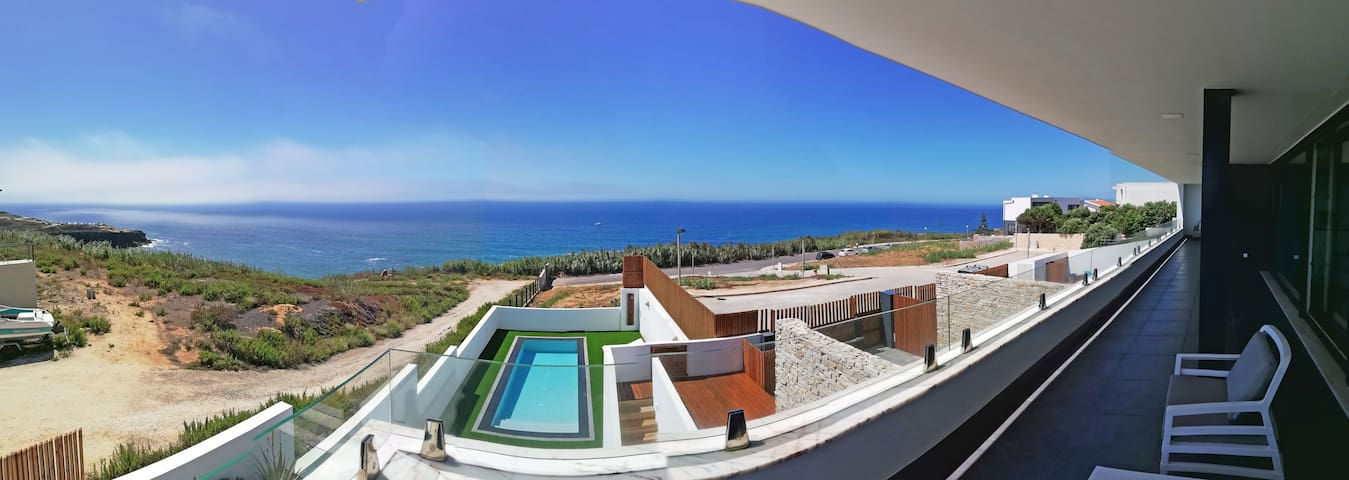 "Ericeira Ocean - Paradise Sunset Beach House ""A"""