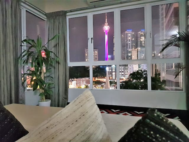 Spacious Studio Home KL Tower View