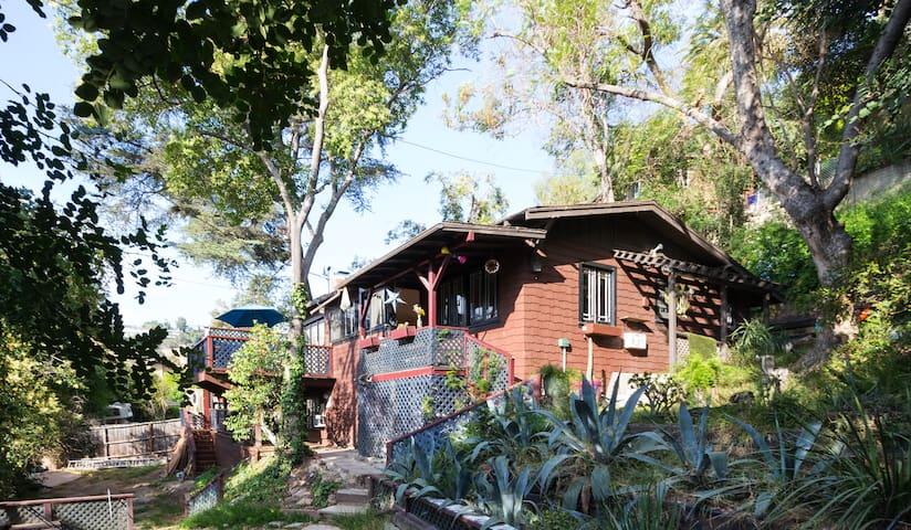 East Side Indoor/Outdoor Private Retreat