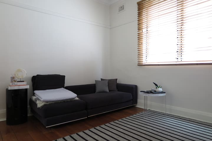 Modern one bedroom apartament - Coogee - Apartment