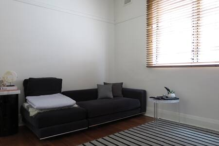 Modern one bedroom apartament - Coogee