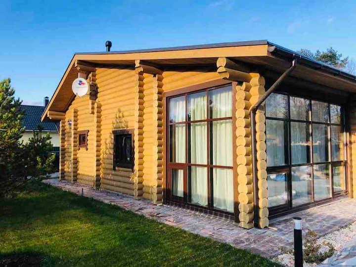 Уютный дом с участком и сауной