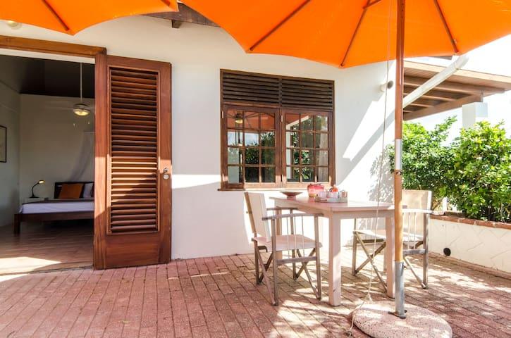 Oleander in Villa San Sebastian - CW - Villa