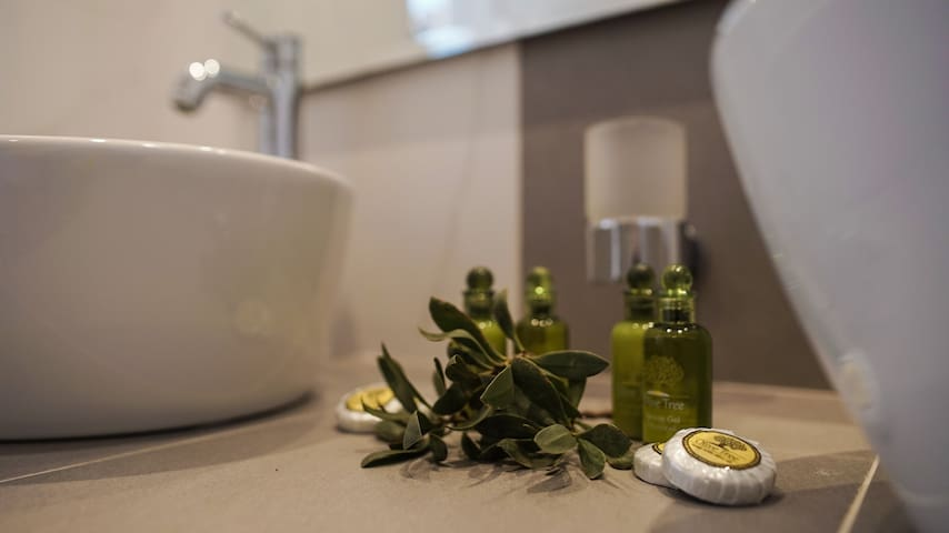 Amenities with olive oil