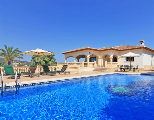 Excellent Holiday Home | Javea | private pool | 5p