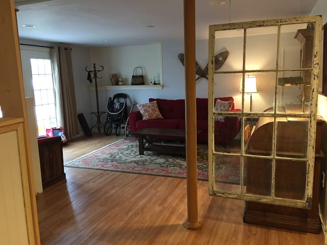 Comfy Studio Apartment in Windham, ME - Windham - Apartment