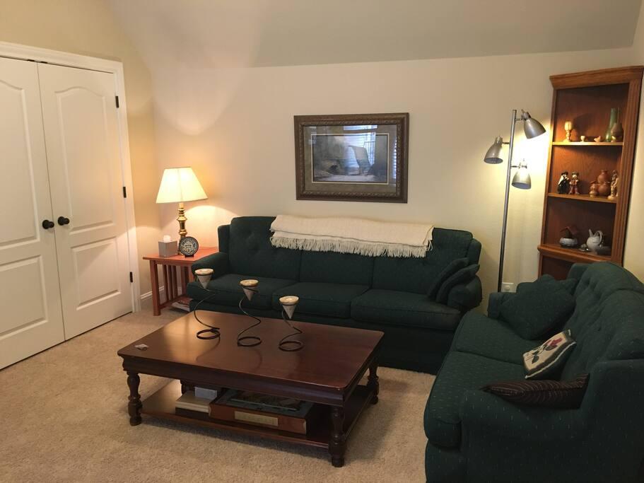 Attractive private sitting room