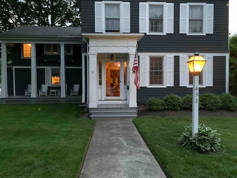 Spacious in-law apartment steps from Choate