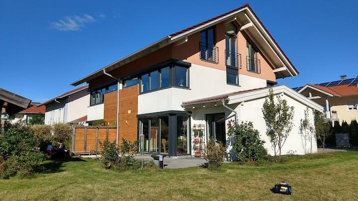 Modernes Haus mit Traumblick