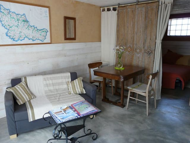 Belle ile en mer : charmant studio - Locmaria