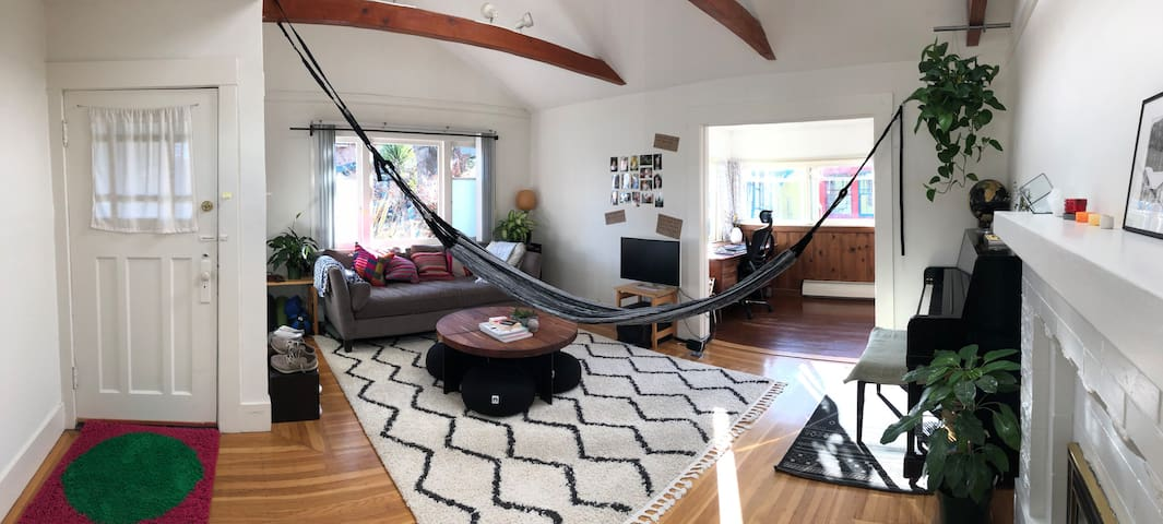 Spacious home with lots of light!