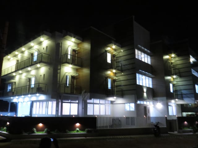 Sugamya Corner, Spacious and well lit-up rooms