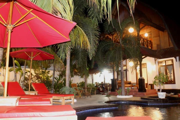 ciro villa gili air lombok indonesia