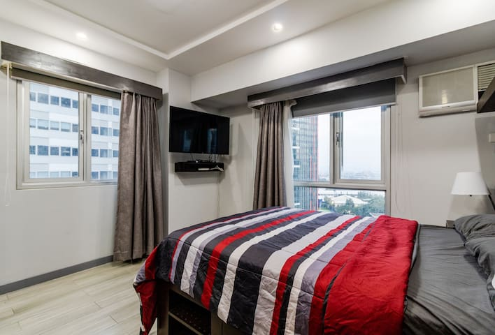 Master bedroom with a Full/Double Size Bed