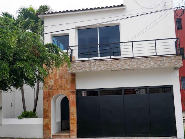 La casa blanca de Colima